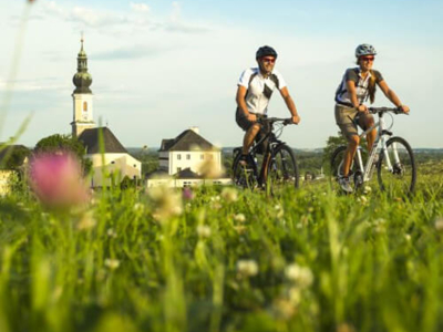 Cycling around the activ hotel Das Sonnreich in Styria